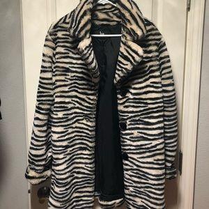 Jackets & Blazers - Animal print coat